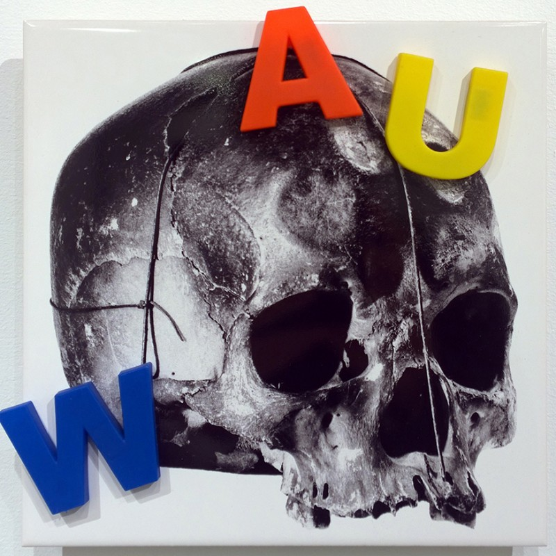 Jean-Pierre RaynaudLine (WAU), 1993-2010Serigraphy on ceramics + objectcm 20 x 20JPR_006